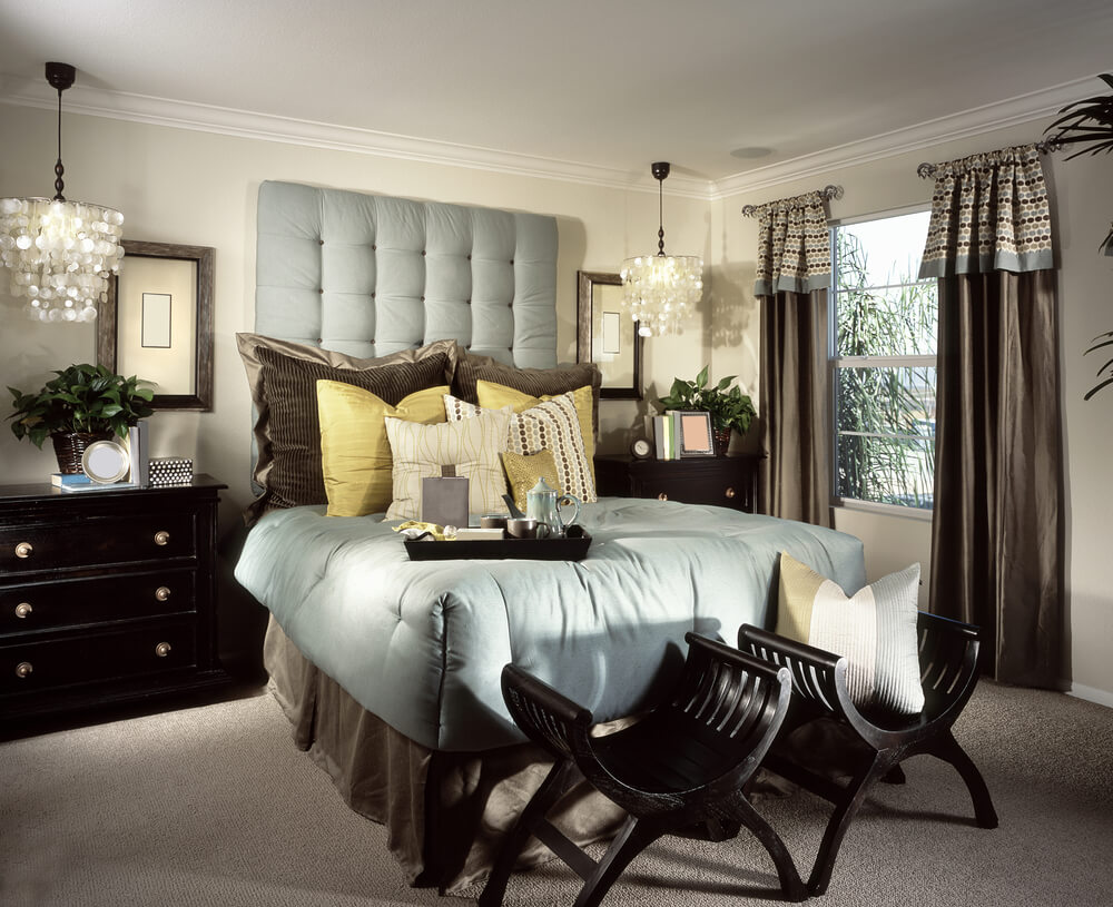 Another small master bedroom expertly designed creating a luxurious bedroom environment