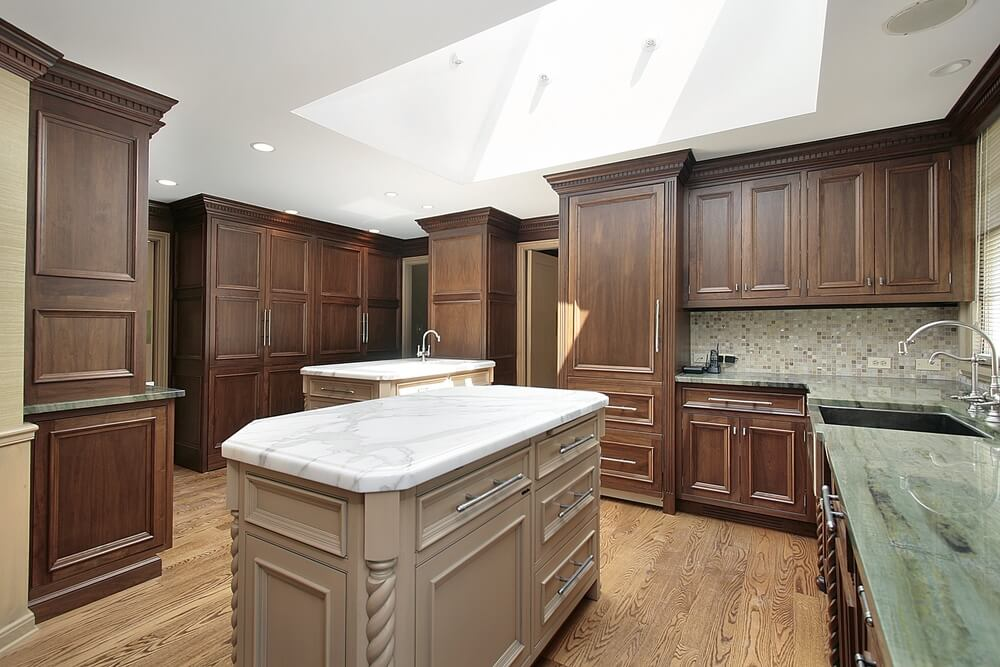 43 new and spacious darker wood kitchen designs layouts for Dark kitchen cabinets light island
