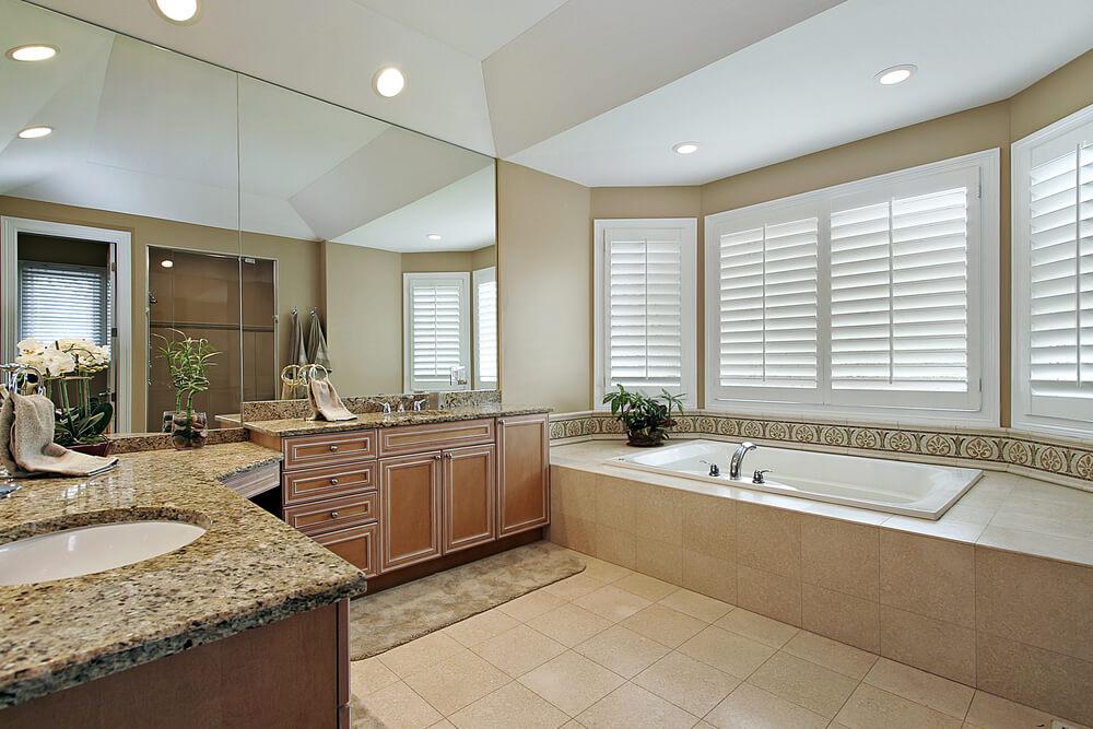 40 luxurious master bathrooms most with incredible bathtubs - Cuartos de bano beige ...