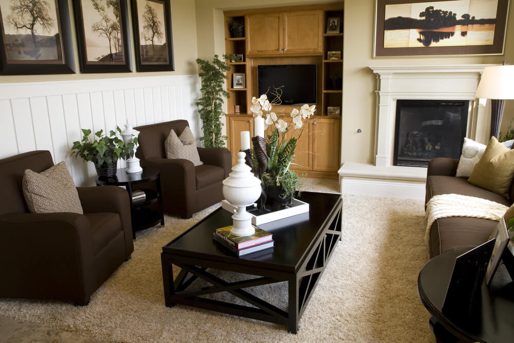 47 beautiful small living rooms diverse designs for Room decor with brown carpet