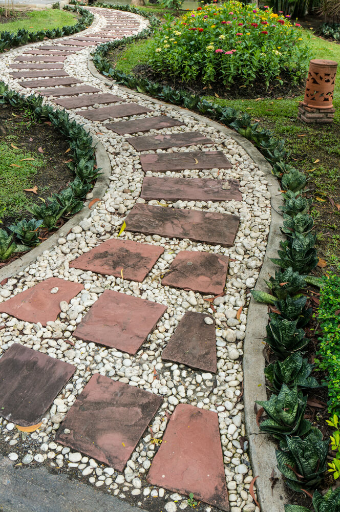 65 walkway ideas designs brick flagstone wood for Brick sidewalk edging