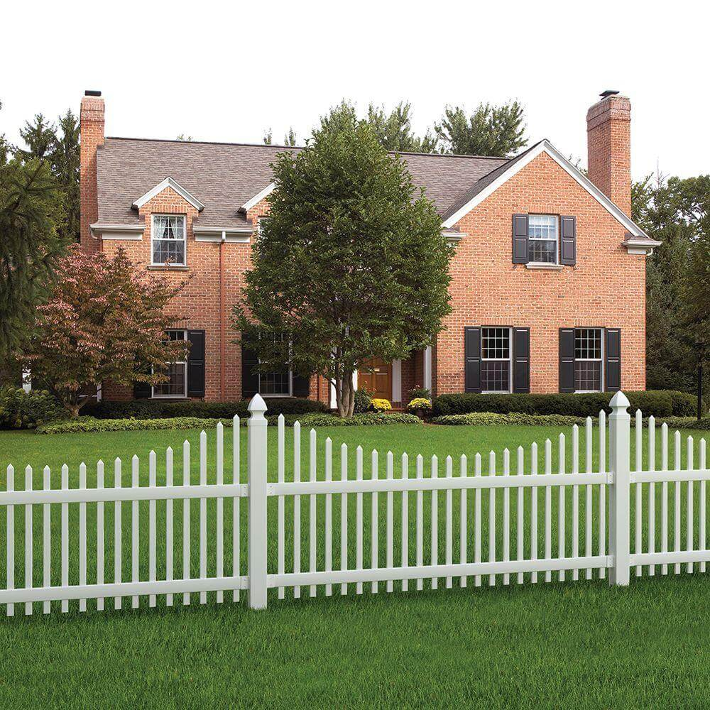 Wood Fence Ideas 1. Source