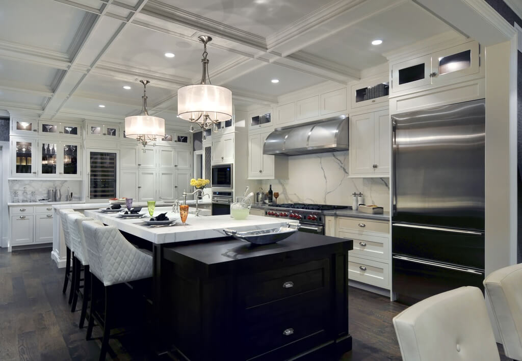 27 luxury kitchens that cost more than 100 000 incredible for Luxury modern kitchen