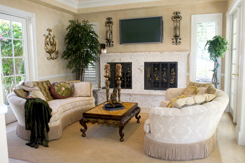 An Elegant, Traditional Style Small Living Room With Matching Curved Sofas  And An Ornate Coffee Part 87