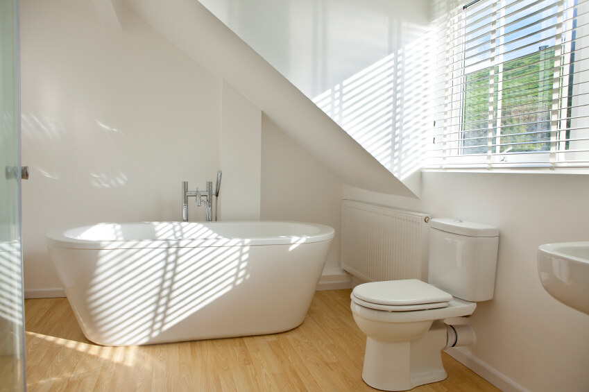 This Fantastic Bathroom Is Chic And Modern The Blonde Hardwood Flooring Absolutely Stunning Against