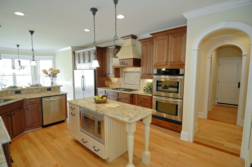 52 Enticing Kitchens with Light and Honey Wood Floors  : 10 kitchen light and honey wood floor from www.homestratosphere.com size 851 x 564 jpeg 95kB