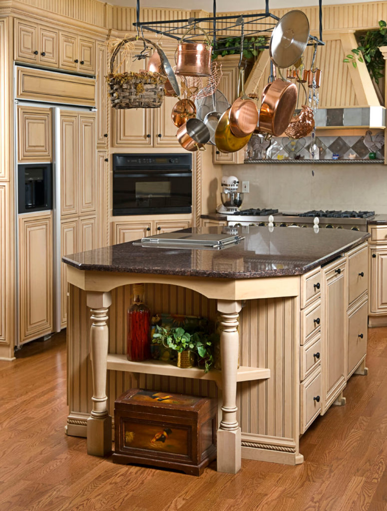 Stained Kitchen Cabinets With Painted Island