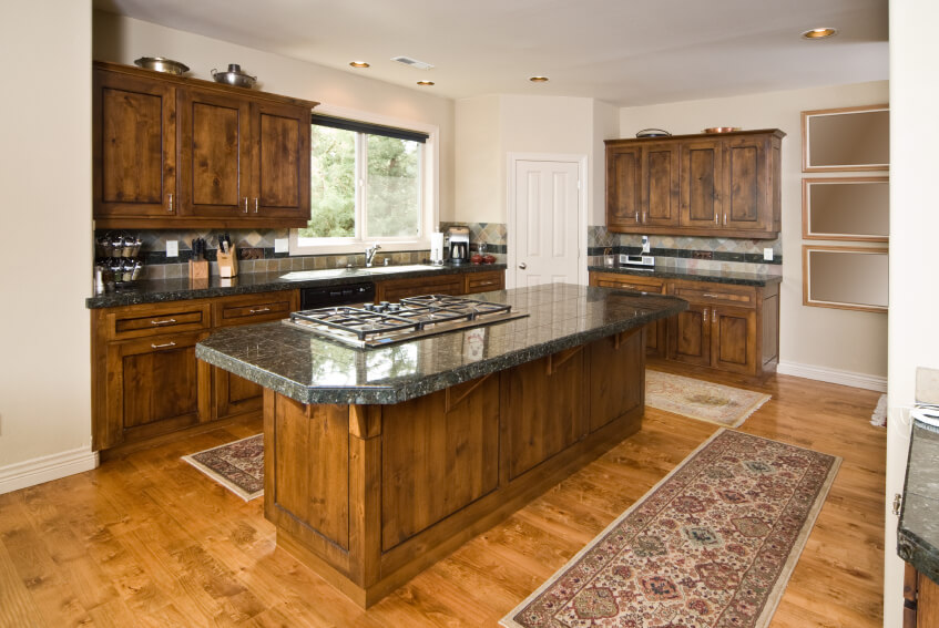 52 Enticing Kitchens with Light and Honey Wood Floors  D?coration de