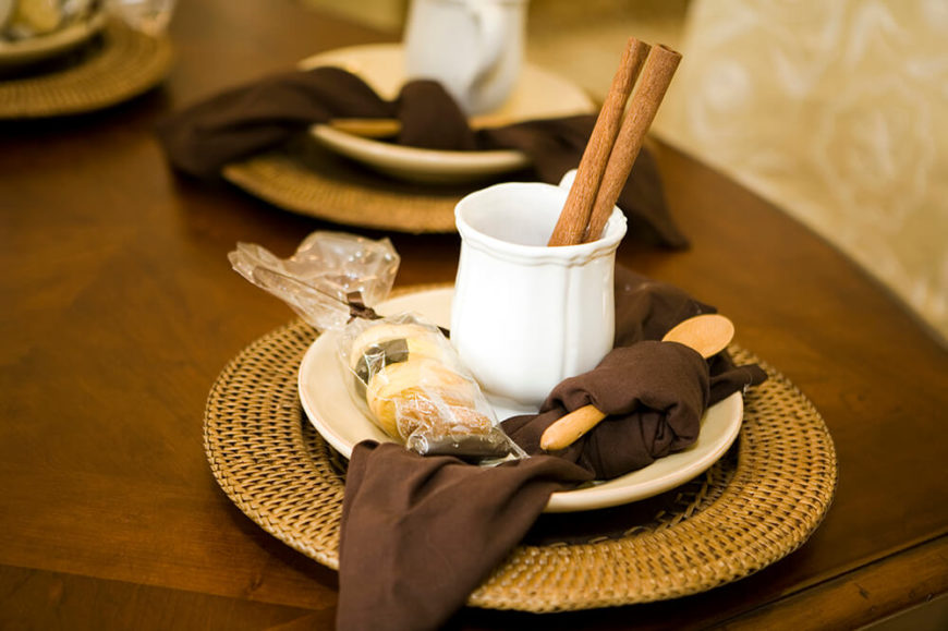 Trendy Fancy Table Setting Ideas For Dinner Parties And Holidays With  Simple Table Setting.