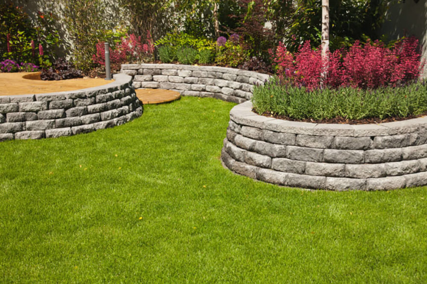 41 stunning backyard landscaping ideas pictures for Rock flower bed ideas