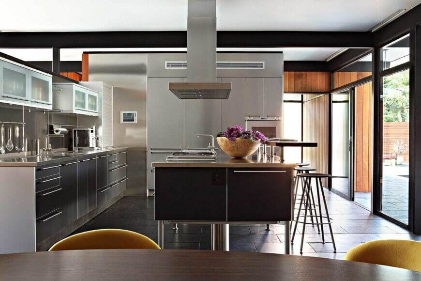 Kitchen Island With Sink And Stove 25 spectacular kitchen islands with a stove (pictures) | home