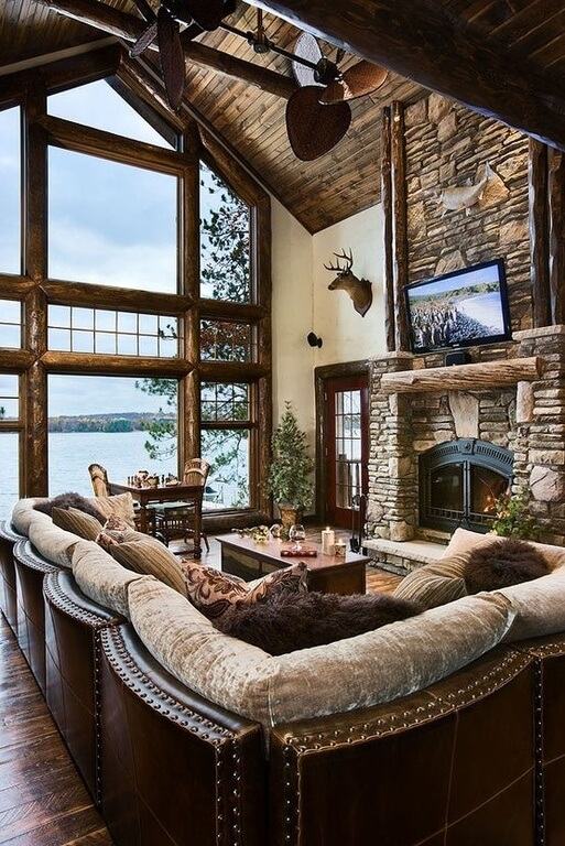 26 Hidden Gem Living Rooms With Ceiling Fans (Pictures)
