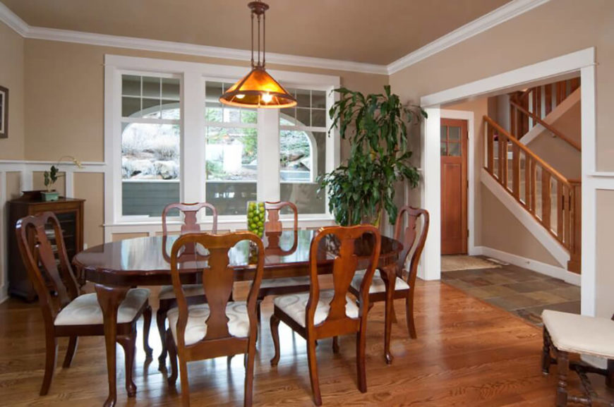 Colors Entrancing 42a206861f0397abebceef3fb390b358 White Trim The This Simple But Elegant Dining Room Is A Great Example Of Contemporary Style Hardwood