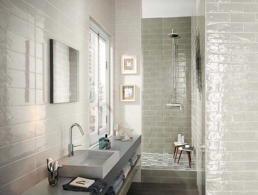 Bathroom Ideas Long Narrow Space With Narrow Space.