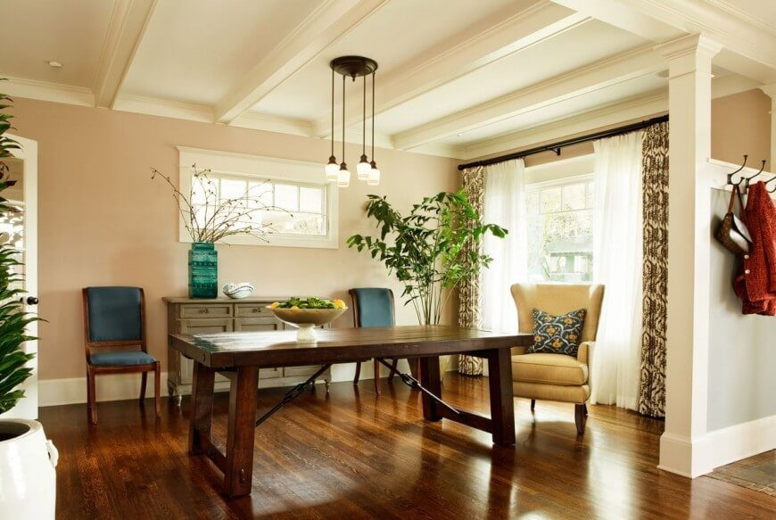 Opulent Dining Rooms