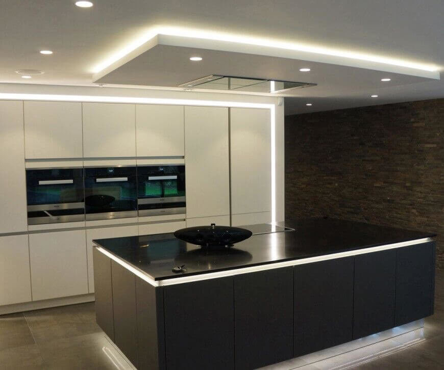 Small Kitchen Feature Wall Ideas