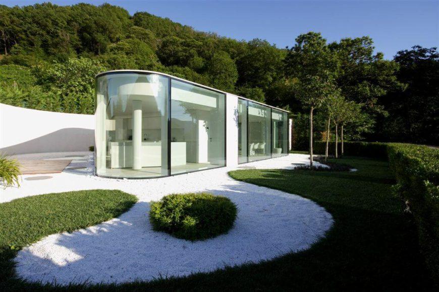 Modern home exteriors llc