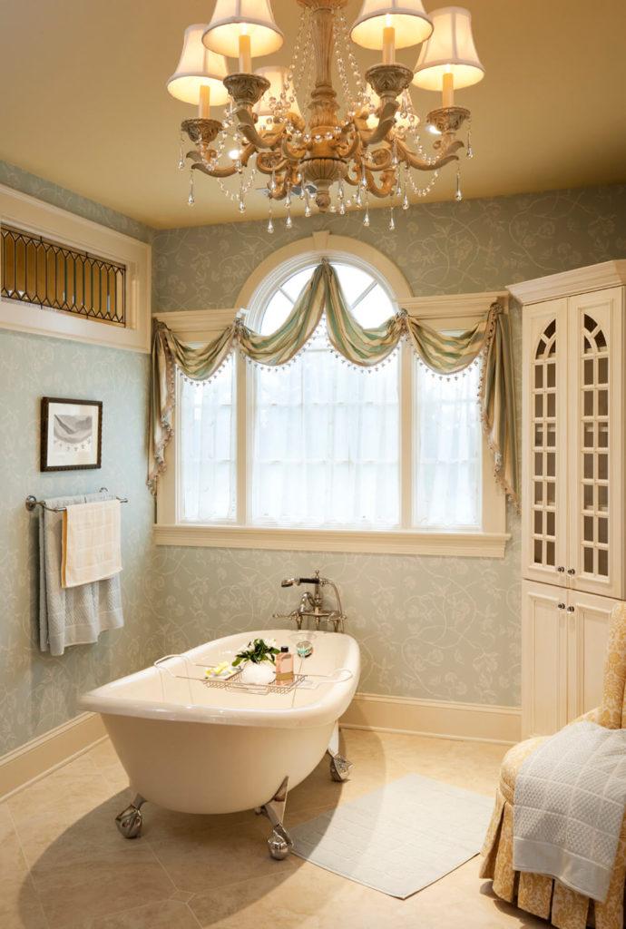 Traditional Bathroom Chandeliers 41 bespoke bathrooms with glittering chandeliers