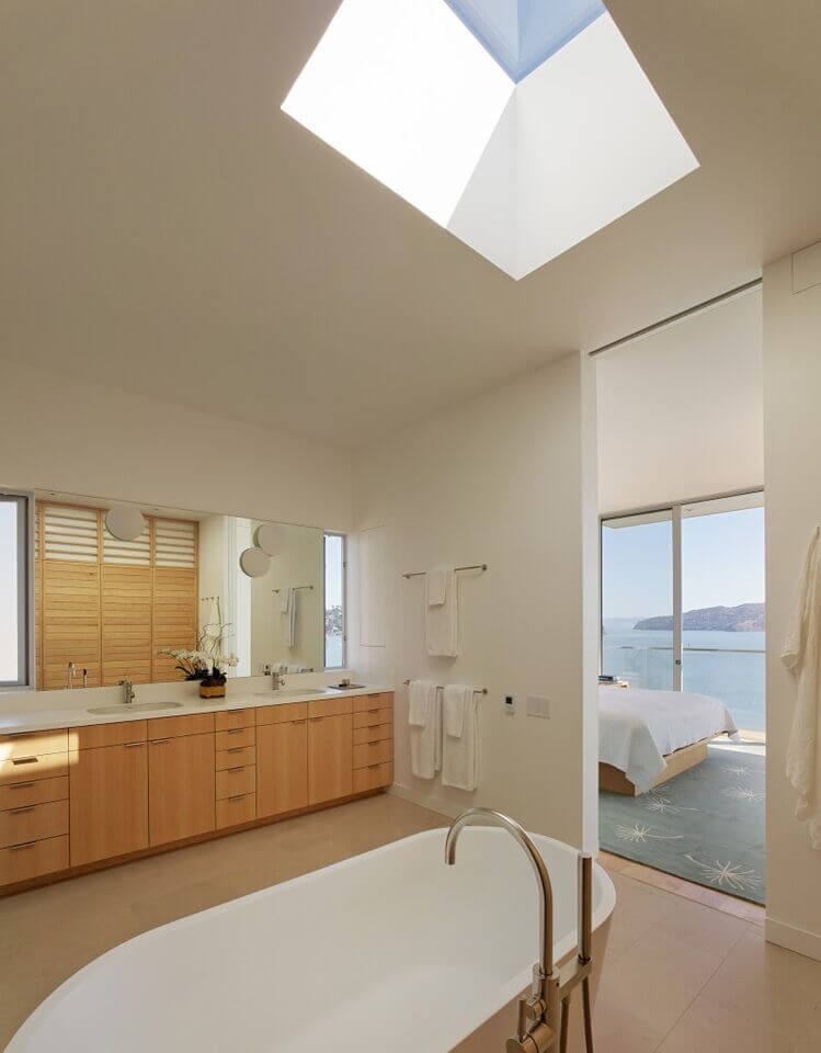 7-Bathrooms with a window-Turnbull Griffin Haesloop Sausalito