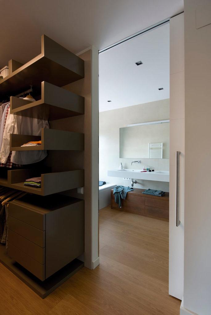 Strategic R House by Artigas Arquitectes - Décoration de ...