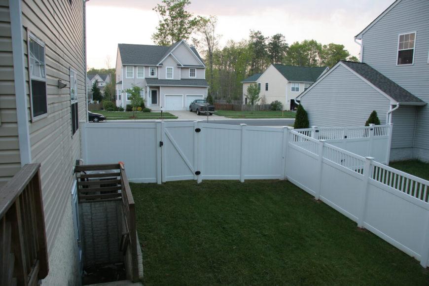22 vinyl fence ideas for residential homes. Black Bedroom Furniture Sets. Home Design Ideas