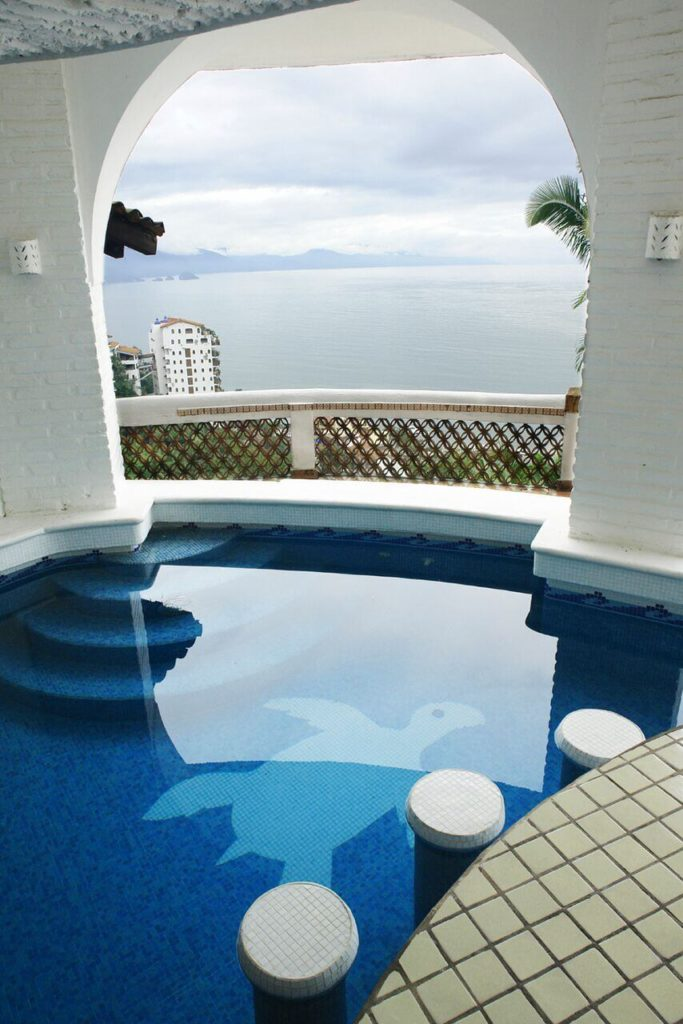 a perfect plunge pool with a fun turtle design this is the perfect place to