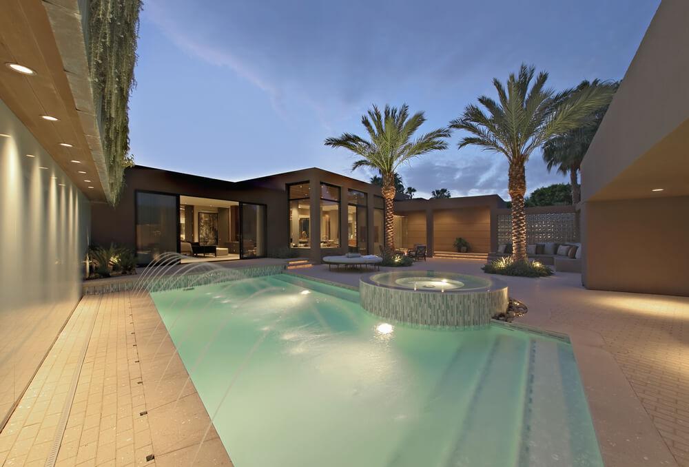 100 spektakul re hinterhof schwimmbad designs home deko. Black Bedroom Furniture Sets. Home Design Ideas