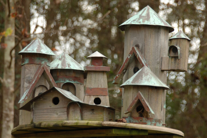 78 Decorative, Painted, Outdoor & Wooden Bird Houses (PHOTOS)