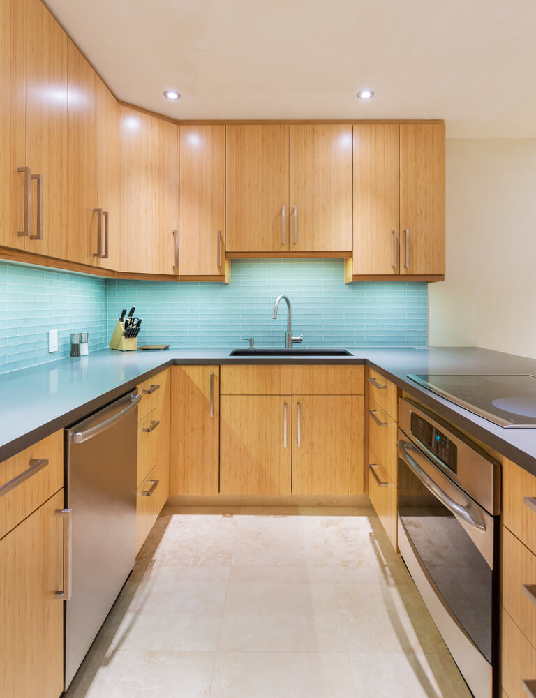 Natural Wood Kitchen With Aqua Back Splash This Is A Great Example Of A