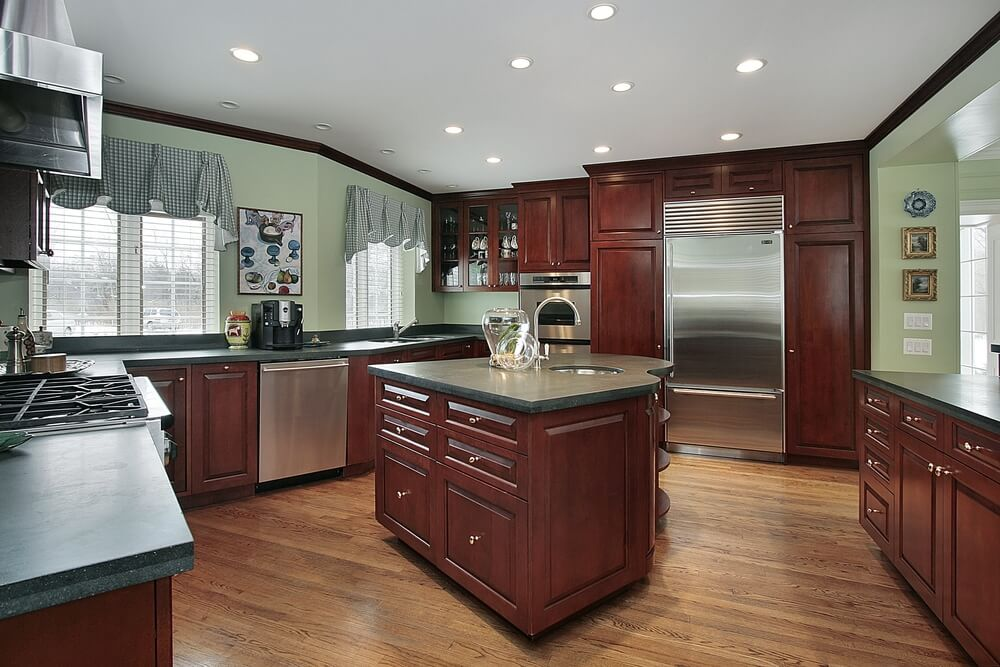 kitchen wall colors with dark wood cabinets 43 quot new and spacious quot darker wood kitchen designs amp layouts 9844