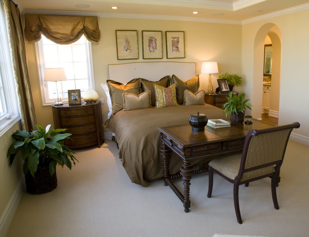 54 richly decorated smaller master bedroom designs for Bedroom set with matching desk