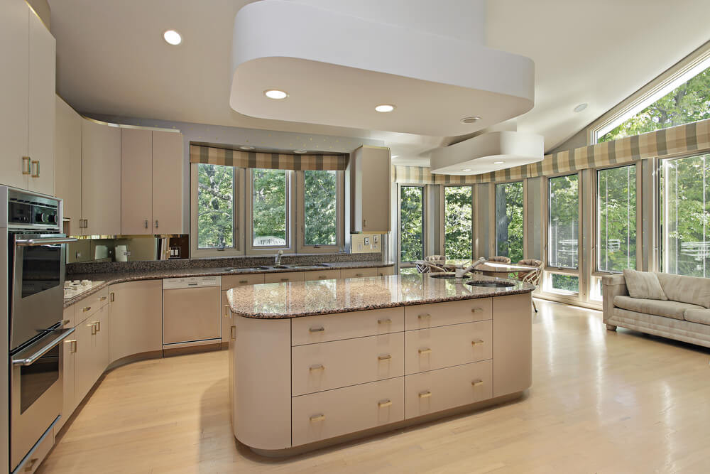 Eclectic mix of 42 custom kitchen designs for Kitchen designs with big windows