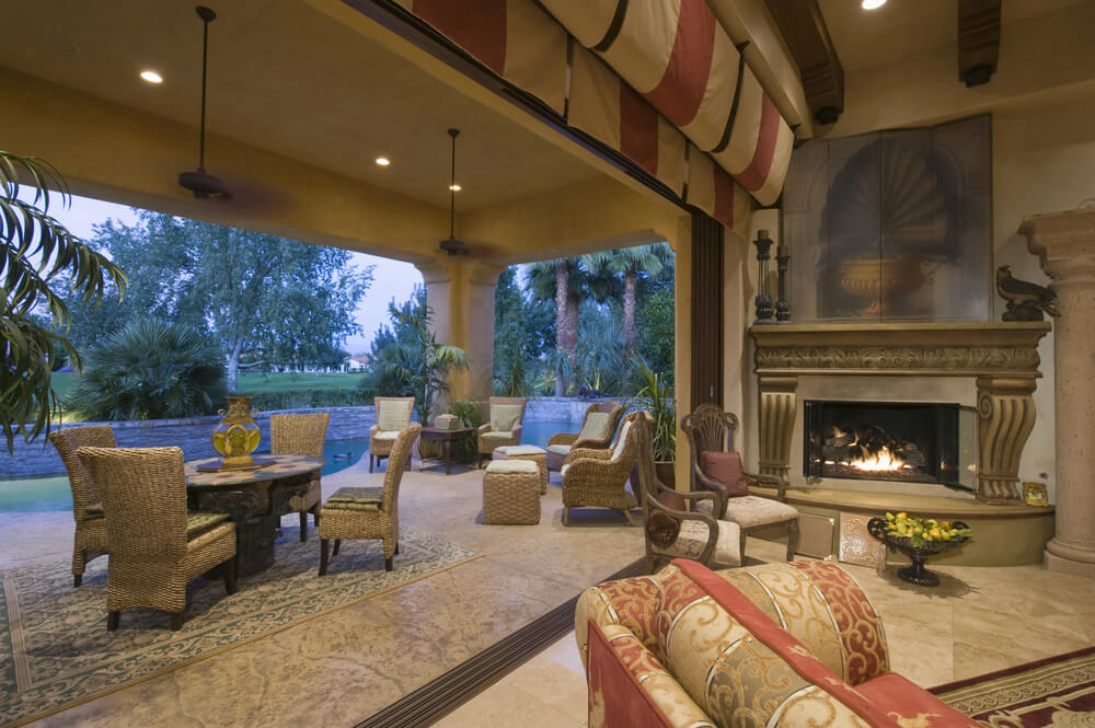 Grand Fireplace W Vaulted Ceilings Beams Open Floor: 51 Grand Living Room Interior Designs