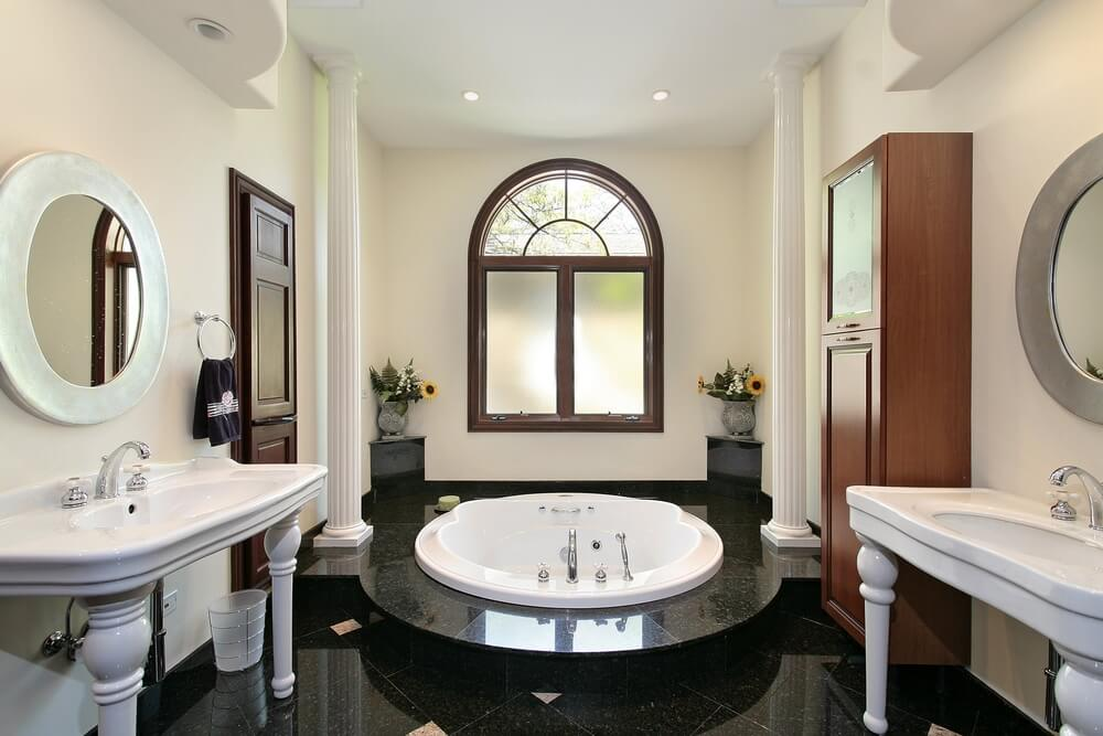 40 luxurious master bathrooms most with incredible bathtubs for Perfect master bathroom