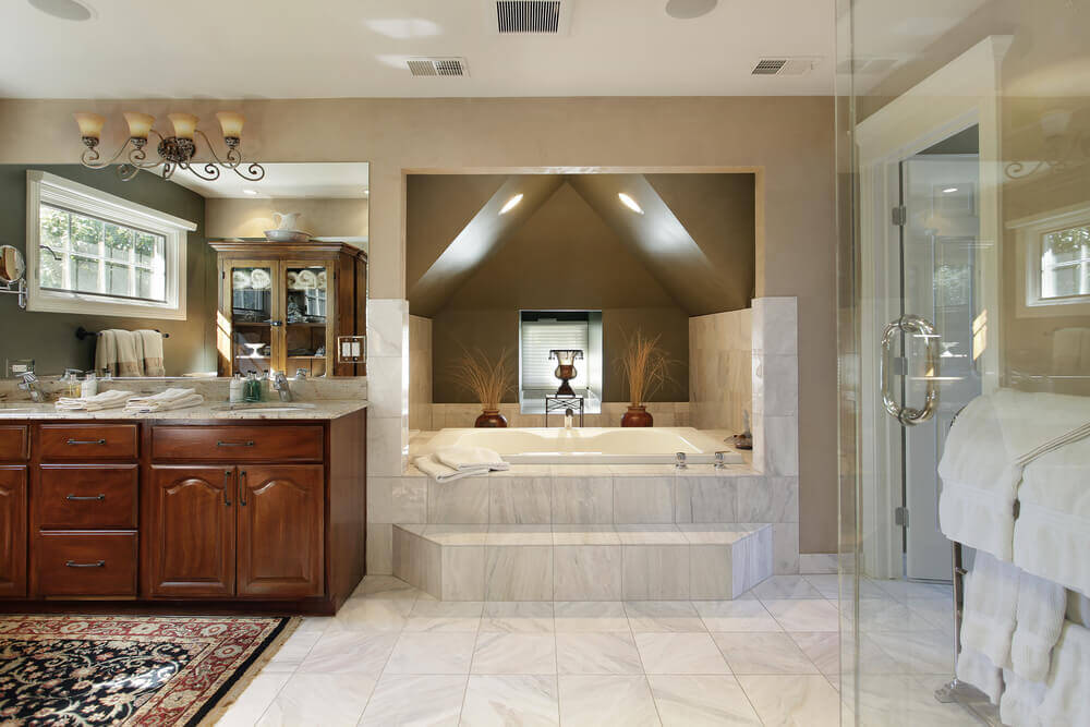 reach in closet lighting ideas - 40 Luxurious Master Bathrooms Most with Incredible Bathtubs