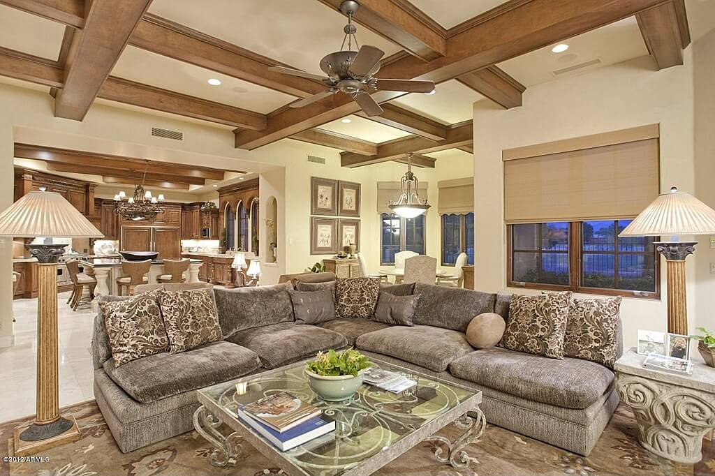 Superieur This Texturally Lush, Open Plan Living Room Features Armless L Shaped Grey  Sectional