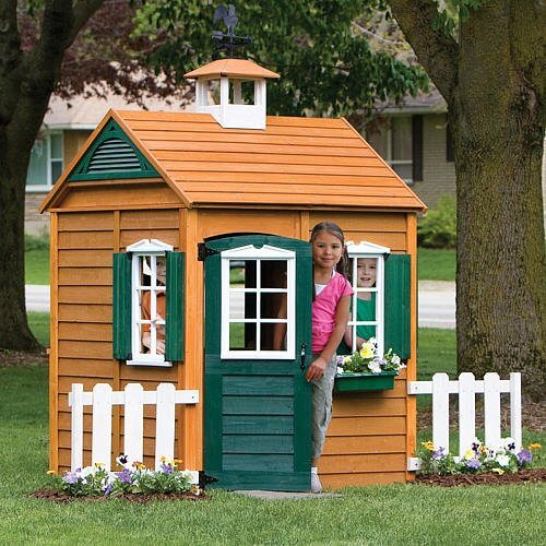Outdoor Playhouses Toy : How to build a playhouse with wooden pallets step by
