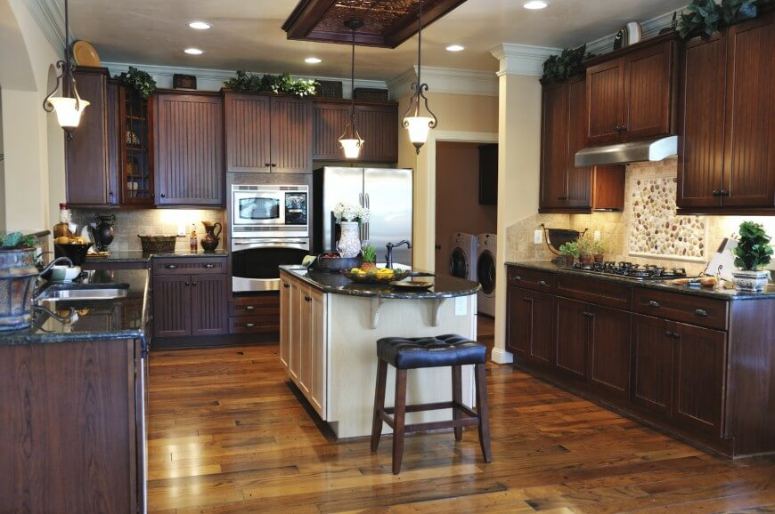 41 luxury u shaped kitchen designs layouts photos for Dark kitchen cabinets light island