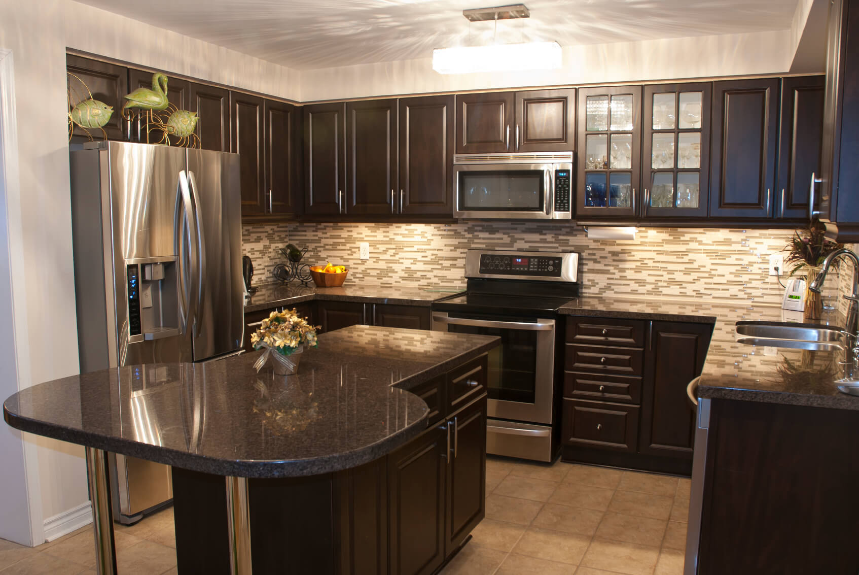 Beautiful Kitchen Backsplash 52 Dark Kitchens With Dark Wood And Black Kitchen Cabinets