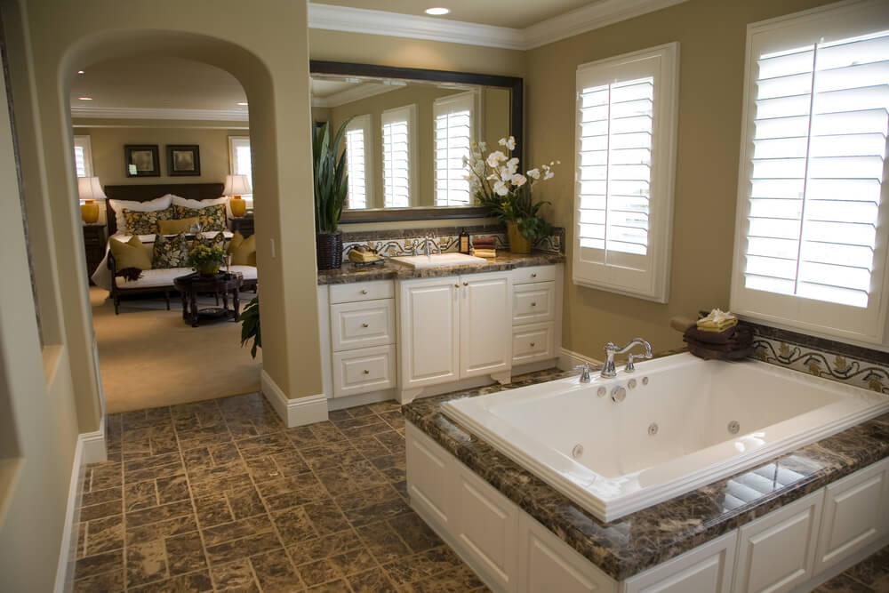 24 luxury master bathroom designs with centered soaking tubs for Matching bedroom and bathroom sets