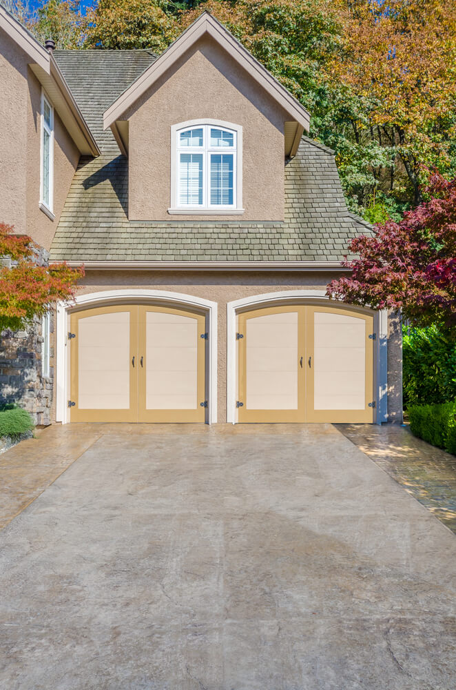 60 residential garage door designs pictures for Stucco garage