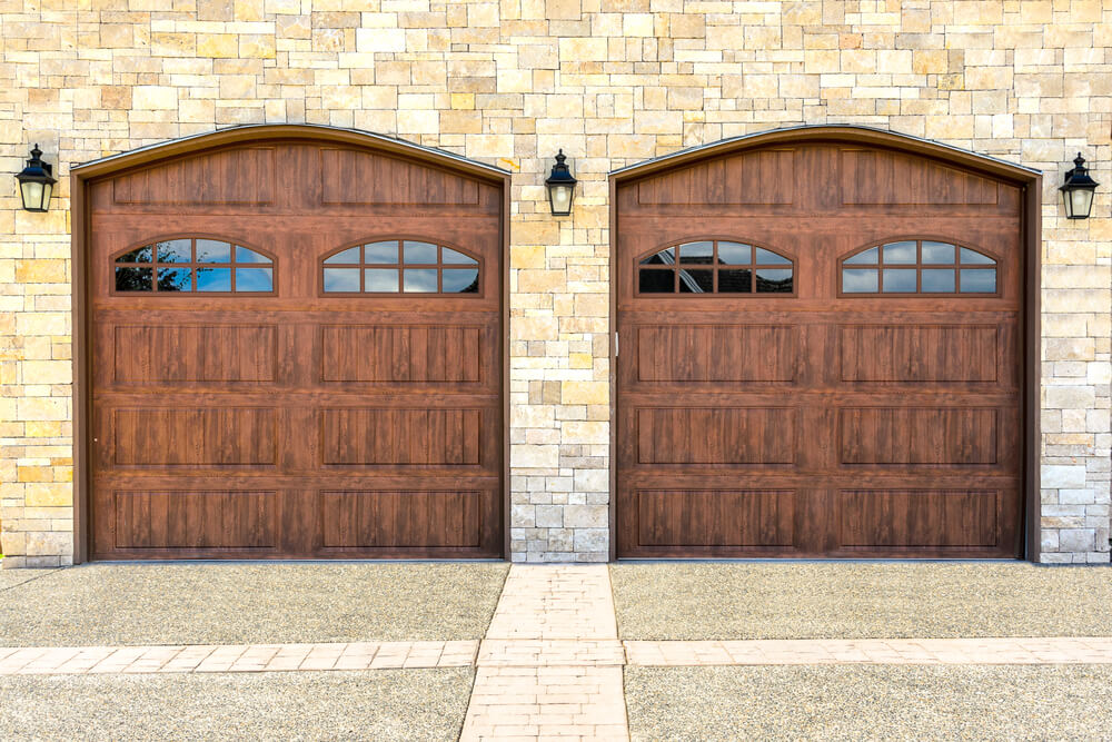 60 residential garage door designs pictures for Wood veneer garage doors
