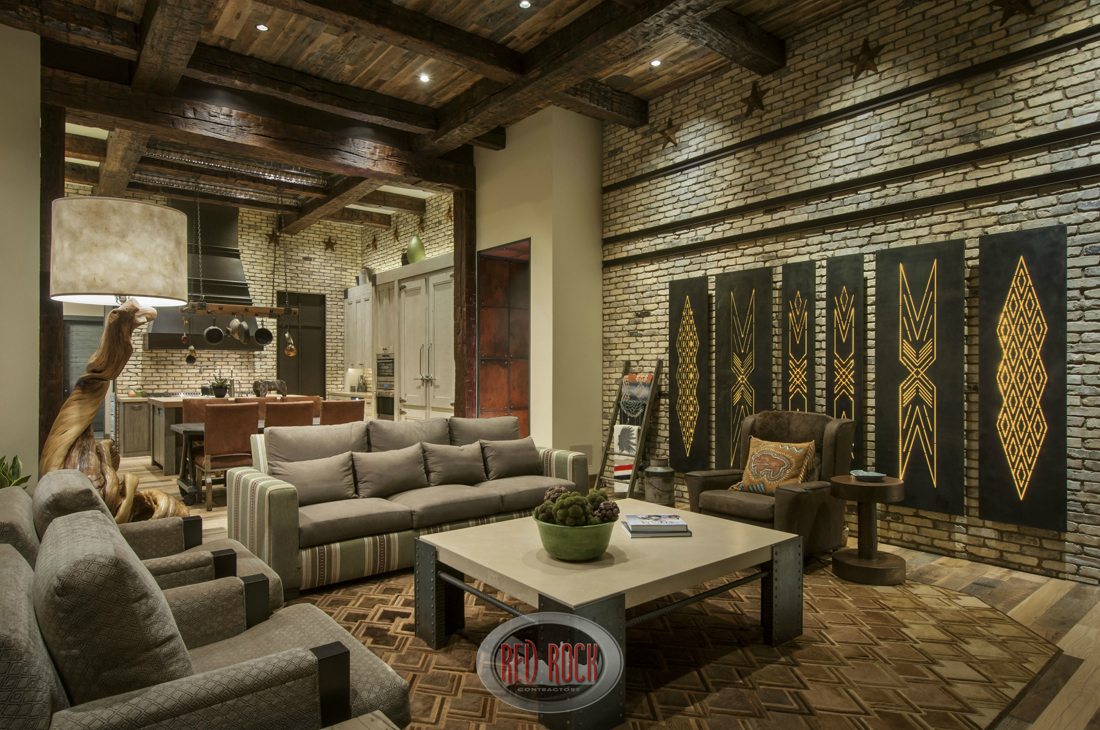 31 custom jaw dropping rustic interior design ideas photos for Great room wall ideas