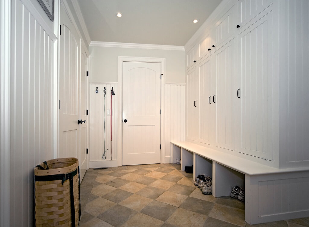 22 incredible mudroom ideas with storage lockers benches for Mudroom floor ideas