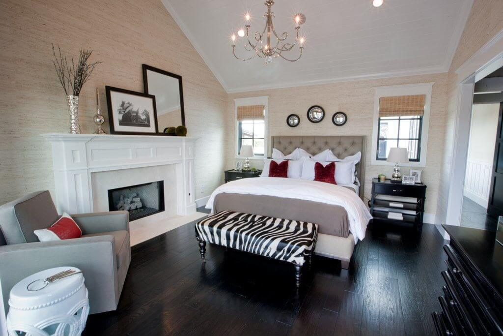 heres a terrific contemporary bedroom dcor in which the zebra print ottoman works beautifully at the - Zebra Bedroom Decorating Ideas
