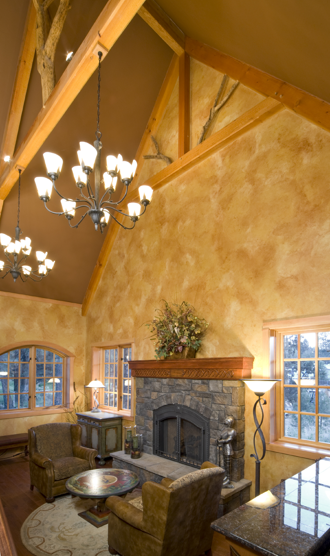 54 living rooms with soaring 2 story cathedral ceilings for How to paint a vaulted ceiling room
