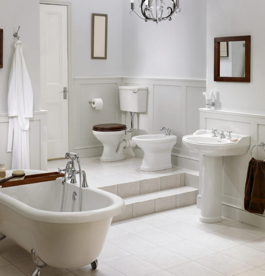 34 Luxury White Master Bathroom Ideas (Pictures