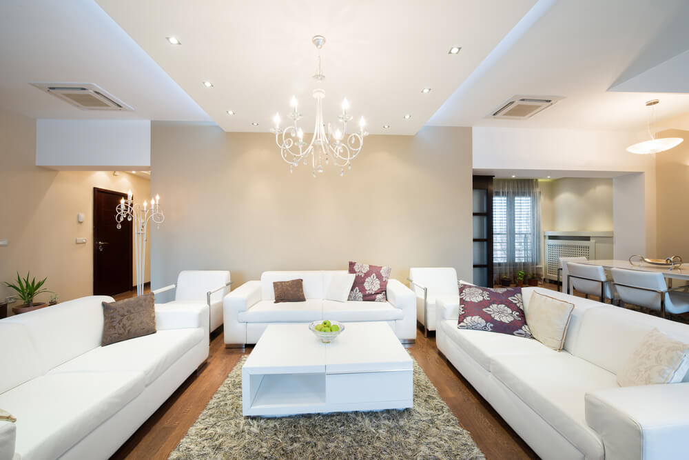 Lustre Pra Sala De Estar ~ long rug with only a minimalist coffee table complements the lowered
