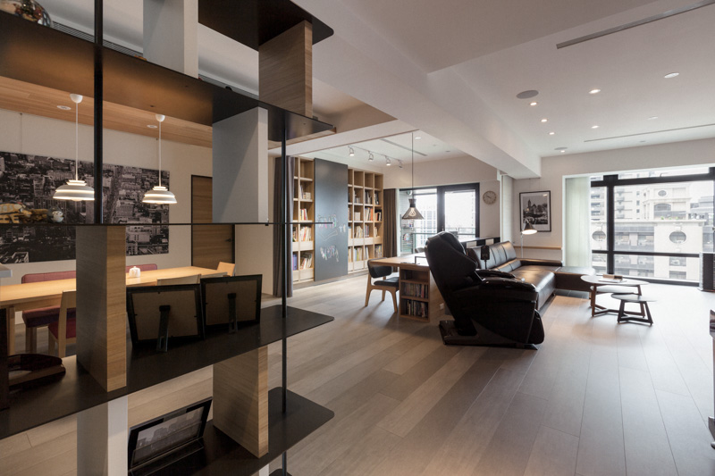 Partidesign Creates Spacious Open Concept Apartment