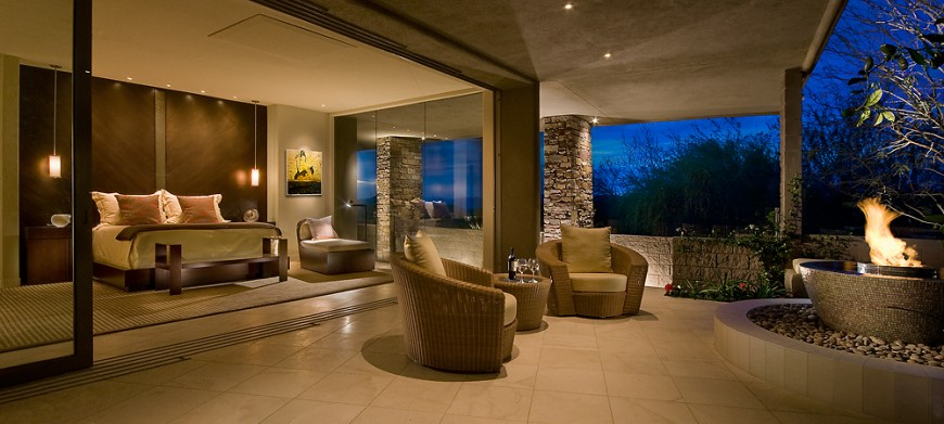 Soft desert contemporary home by angelica henry design for Soft modern interior design
